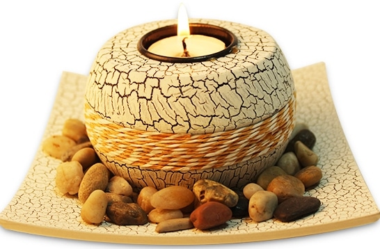 Decorate your house with Candle Gifts