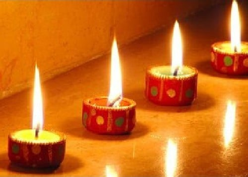 Decorate your house with diyas & candle