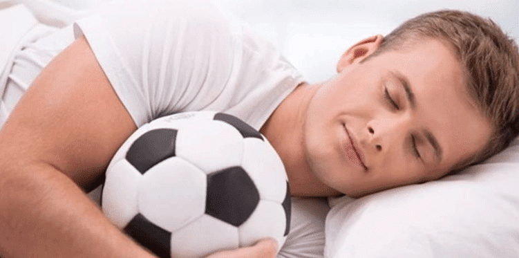 Getting enough sleep is one of the nutritional requirements for athlete to be healthy